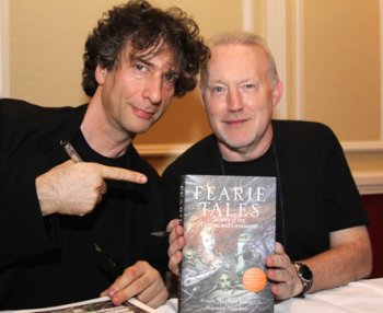 Stephen Jones and Neil Gaiman, Fearie Tales signing, Saturday evening