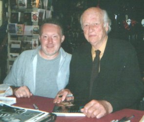 Stephen Jones and Ray Harryhausen (Dark Delicacies, Burbank, California, April 18th, 2004)